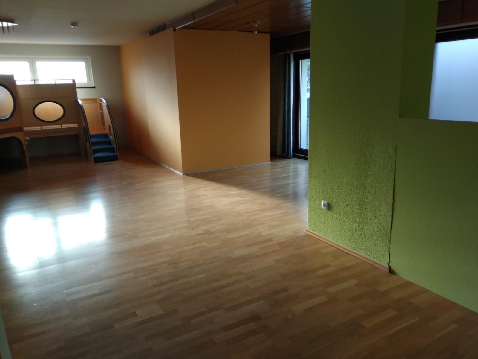 Heller freundlicher Raum zum spielen und toben Kindertagesstätte (Kita) die Krümelmonster aus Neustadt am Rübenberge